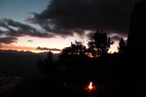 Bivouac 5 étoiles au passage du pin brulé