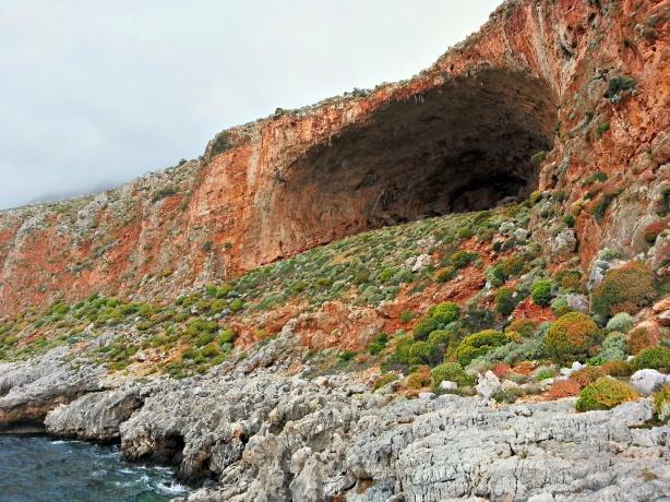 Tersanas cave (Crete)